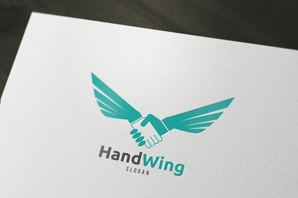 Hand Wink Logo