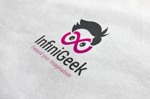 Infinity Geek Logo