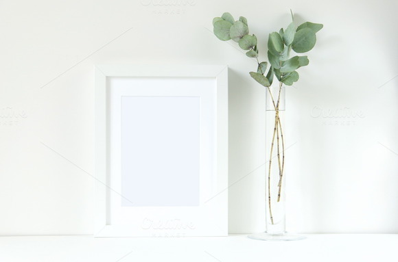 White Frame Mock Up