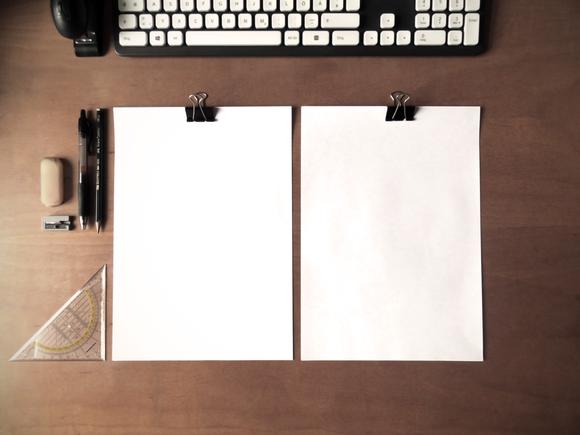Simple DinA4 On Desk