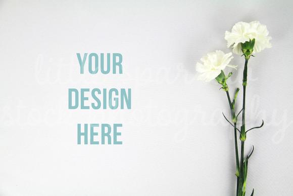 White Flowers Styled Desktop Mock Up