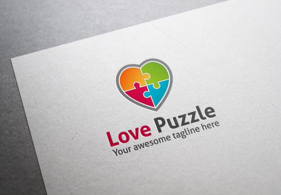 Love Puzzle Logo