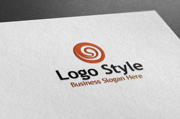Circle Style Logo