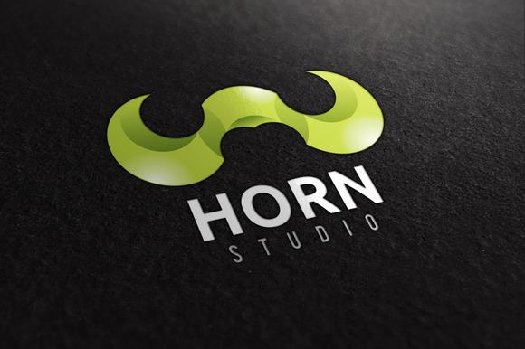 Horn Studio