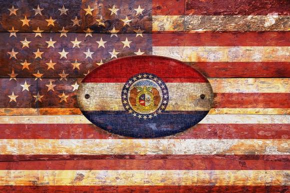 USA And Missouri Flags