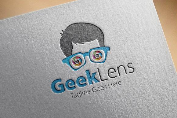 Geek Lens Logo
