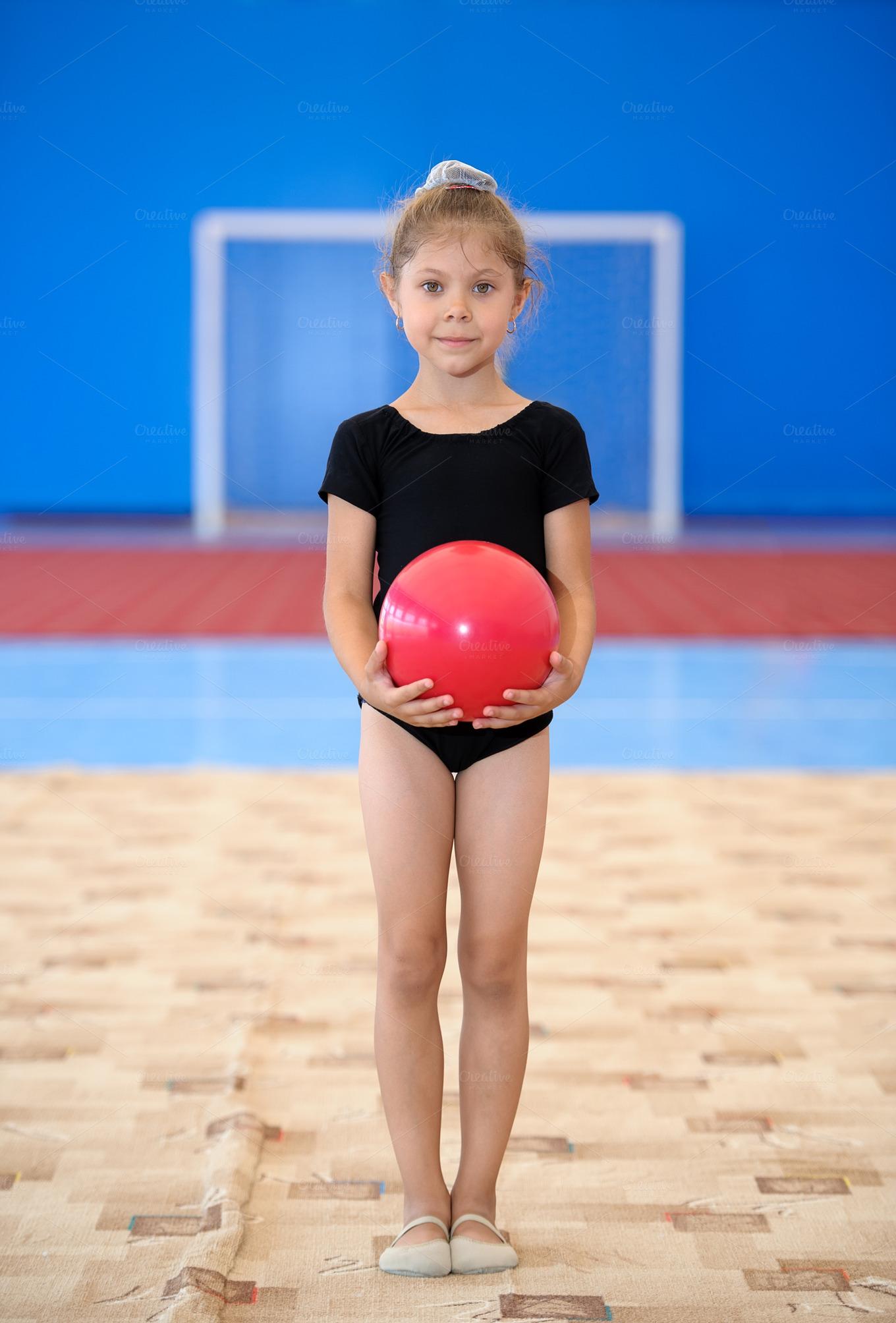 Фото маленькой гимнастки 6 фотография