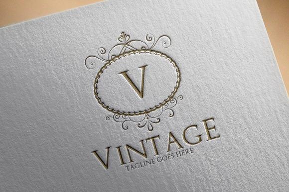 Vintage V2 Logo
