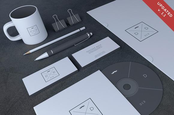 Blank Stationery Branding Mock-Up