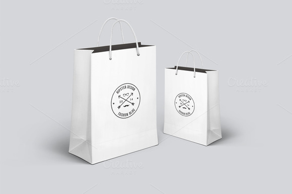 Realistic Shopping Bag Mockup