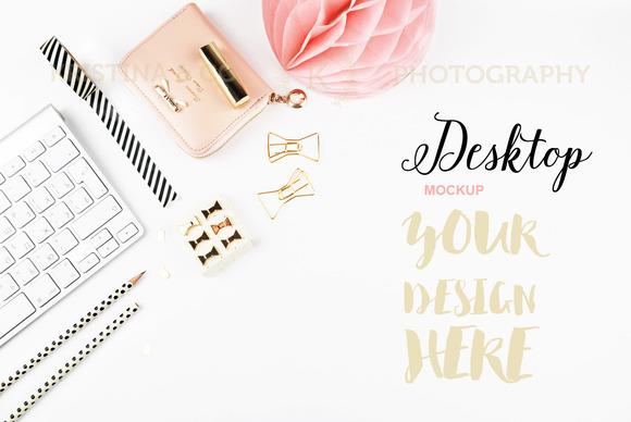 Styled Photo Mockup Product