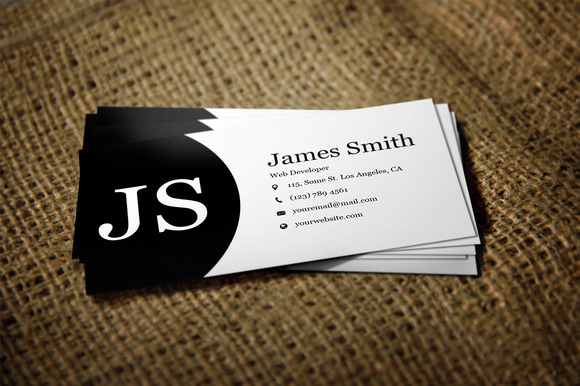 Black White Minimal Business Card2