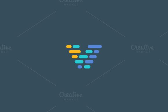 Dynamic Code Blocks Letter V Logo