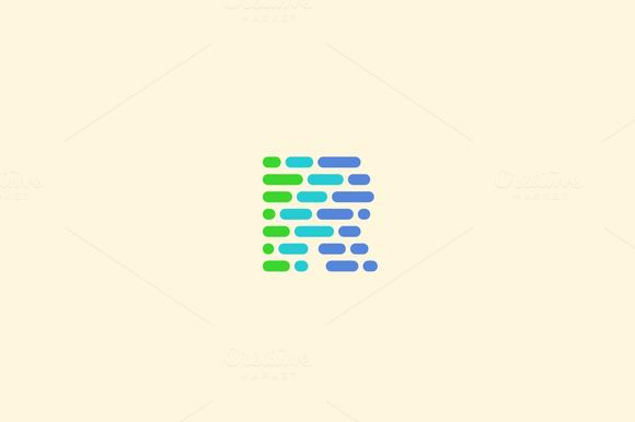 Dynamic Code Blocks Letter R Logo