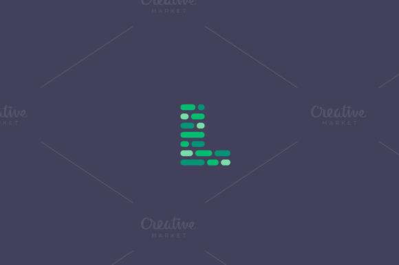 Dynamic Code Blocks Letter L Logo