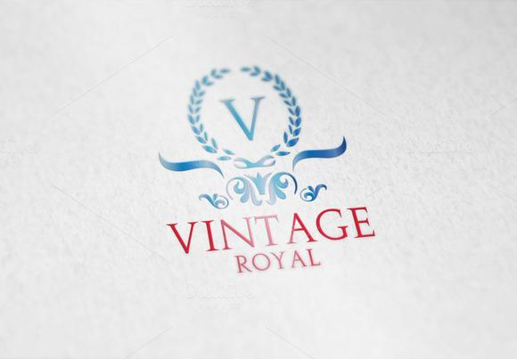 Vintage Royal V2 Logo