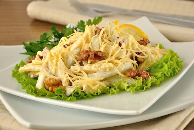 Салат с сыром и яблоками рецепт с фото