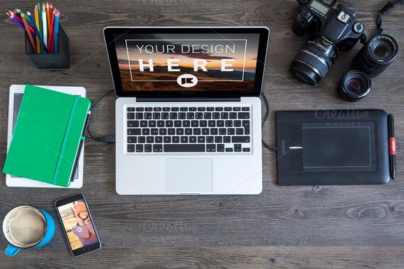 MacBook Pro And IPhone 6 MOCKUP