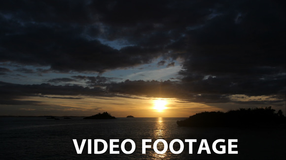 Sunset On A Tropical Island.timelaps