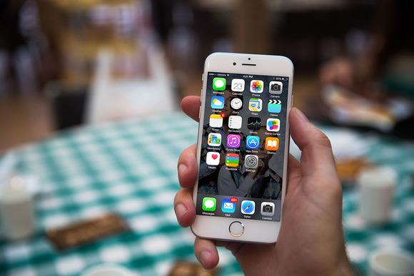 IPhone6 Mockup Picnic Table