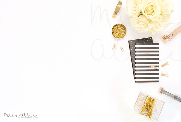 Styled Desktop Black And White