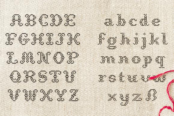 免费字体 StitchCross丨反斗限免