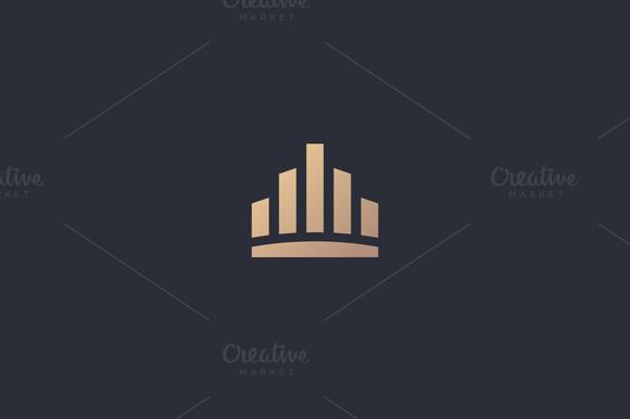 City Town Crown Royal Logo