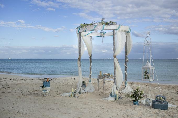 Vintage Beach Wedding Ceremony