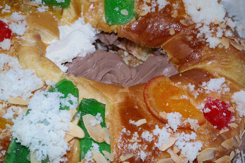 Roscon De Reyes Food Amp Drink Photos On Creative Market