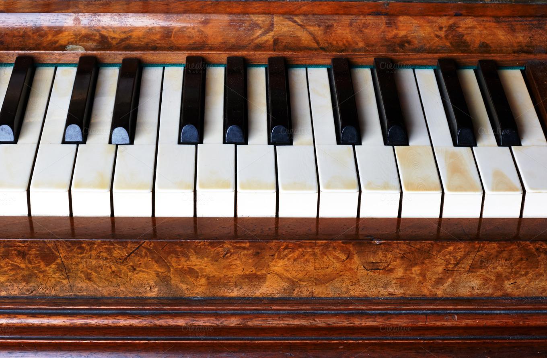 photo old piano - photo #38