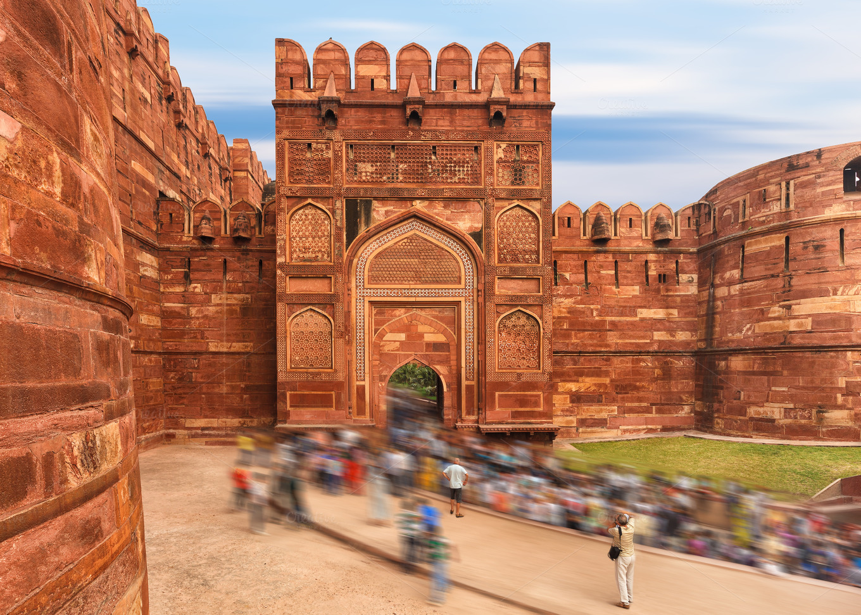 agra red fort  jaipur  india