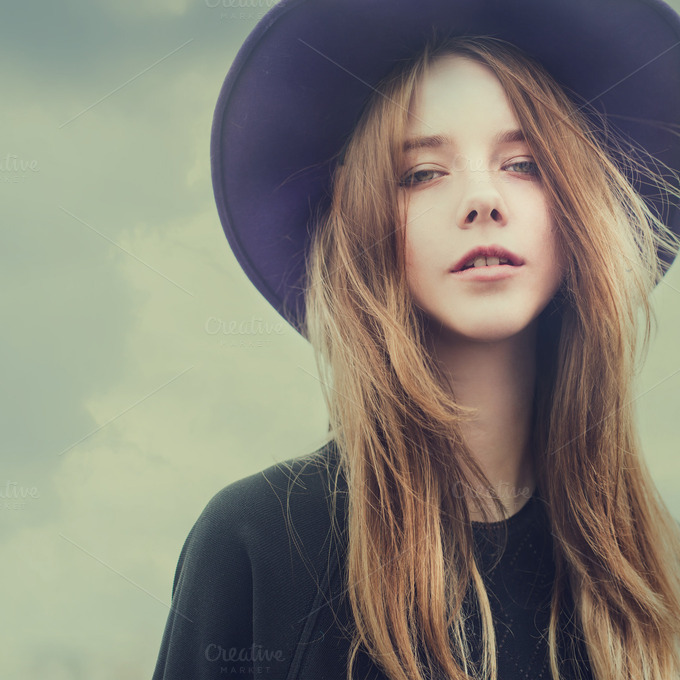 Beautiful Young Girl In The Hat Beauty Fashion Photos