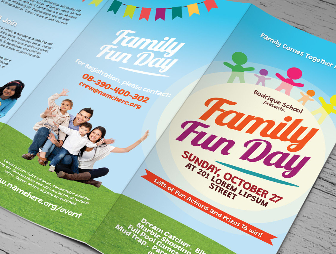 family fun day trifold brochures brochure templates on creative market. Black Bedroom Furniture Sets. Home Design Ideas