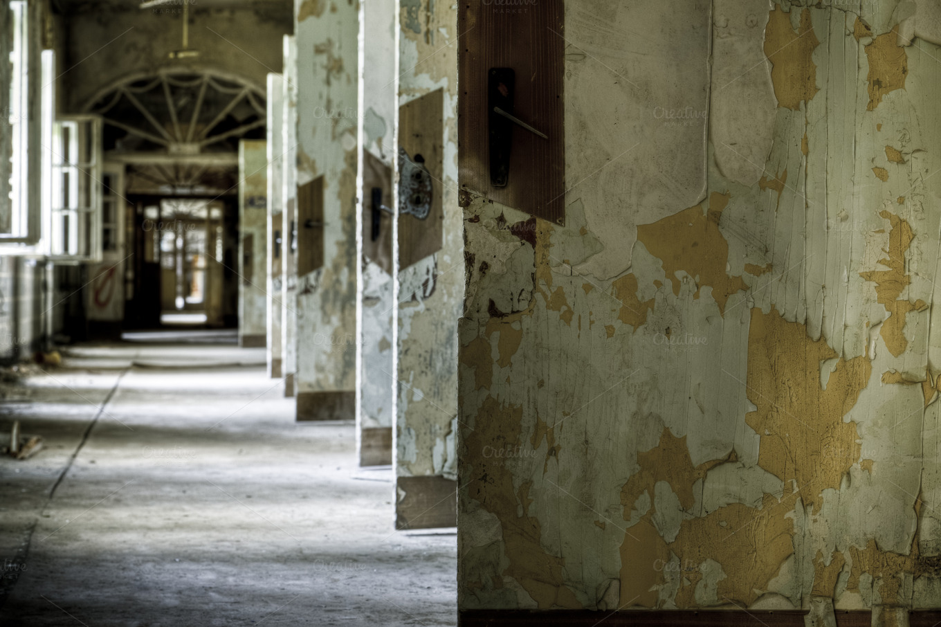 inside abandoned buildings photography - photo #27