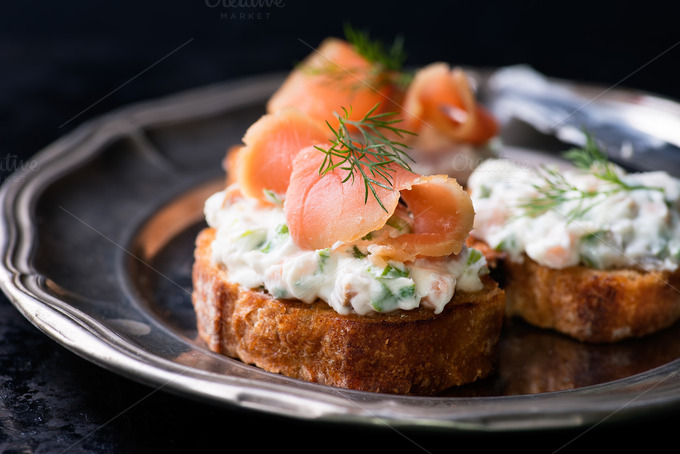 Canapes with smoked salmon food drink photos on for Smoked salmon cream cheese canape