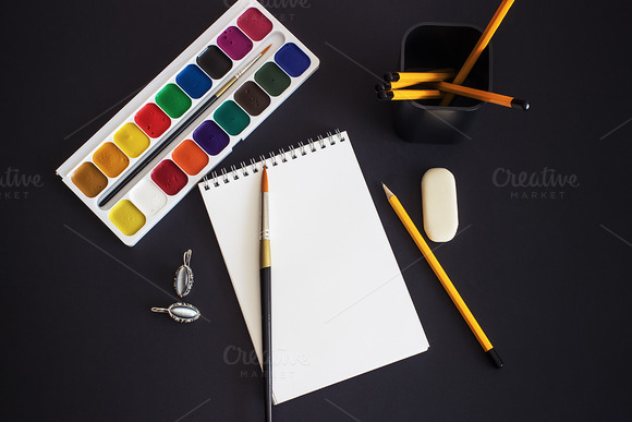 Mockup. Notes for drawing paint. - Product Mockups