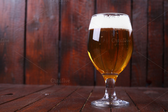 glass beer on wood - photo #19