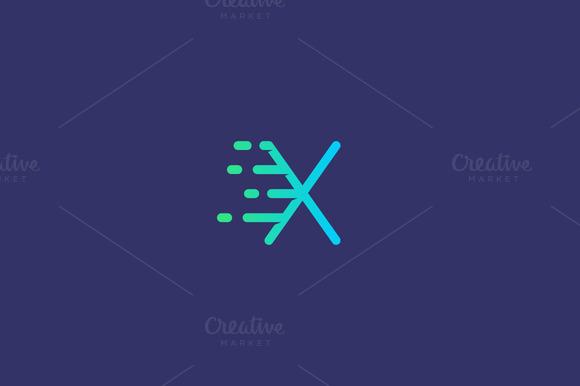 Dynamic Moving Letter X Logo