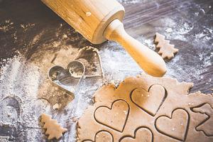 Preparing Christmas Sweets: Hearts