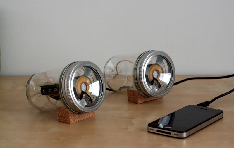Office-Ideas-DIY-Mason-Jar-Speakers