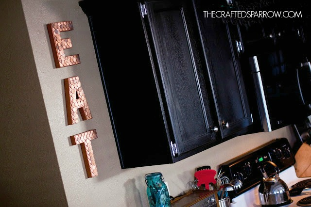 Office-Ideas-DIY-Pennies-Letters-Sign