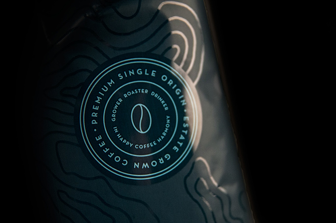 brand-identity-packaging-02