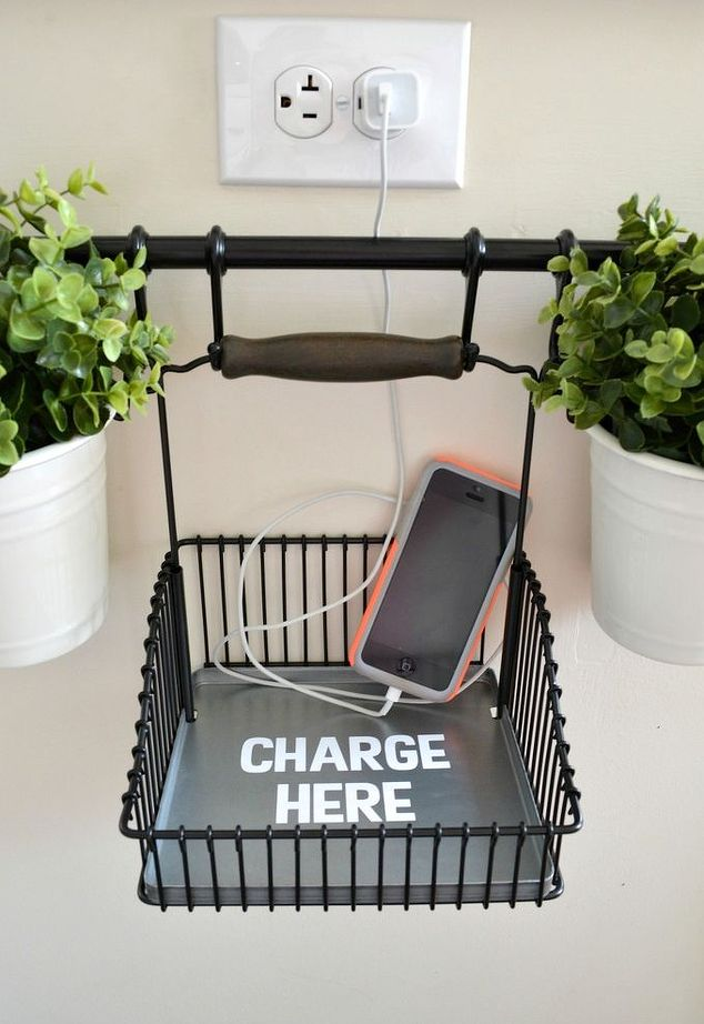 diy-gifts-designers-phone-charger-hook
