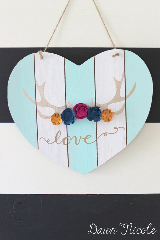 Silhouette-Saturday-Antler-Heart-Sign-by-dawn-nicole