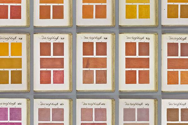 Long Before Pantone, an Artist Created this Gorgeous 800-Page Color...